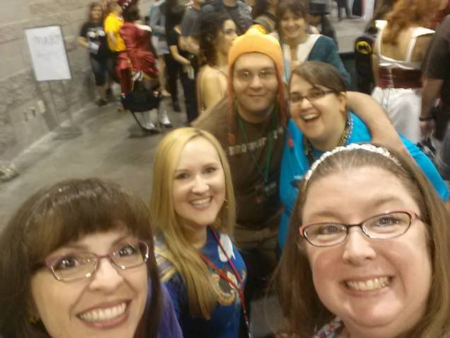Geeky friends we still don't even know their names...#comiconissues